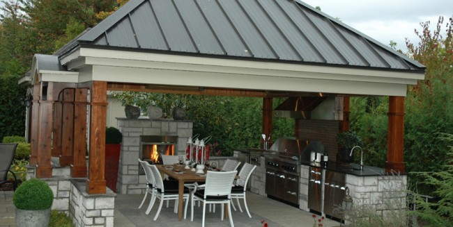 D co jardin ext rieur pour une barbecue party for Plan de barbecue exterieur