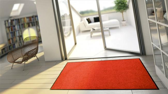 un tapis pour relooker son jardin. Black Bedroom Furniture Sets. Home Design Ideas